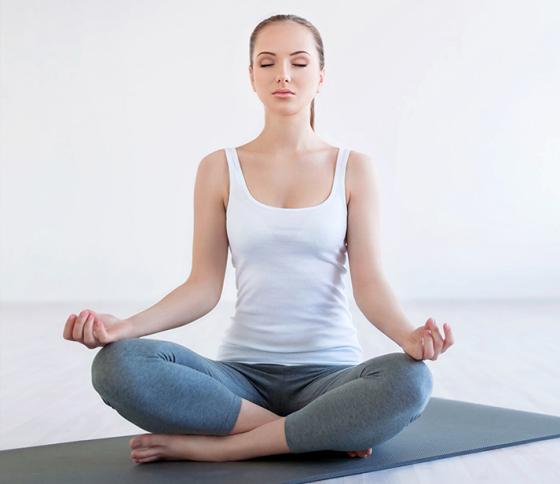 Muller de yoga